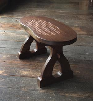 木童工房 ビーンズスツール(彫り有り抽き出し付き)