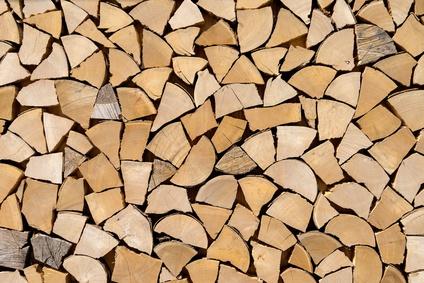 Kammergetrocknetes Holz