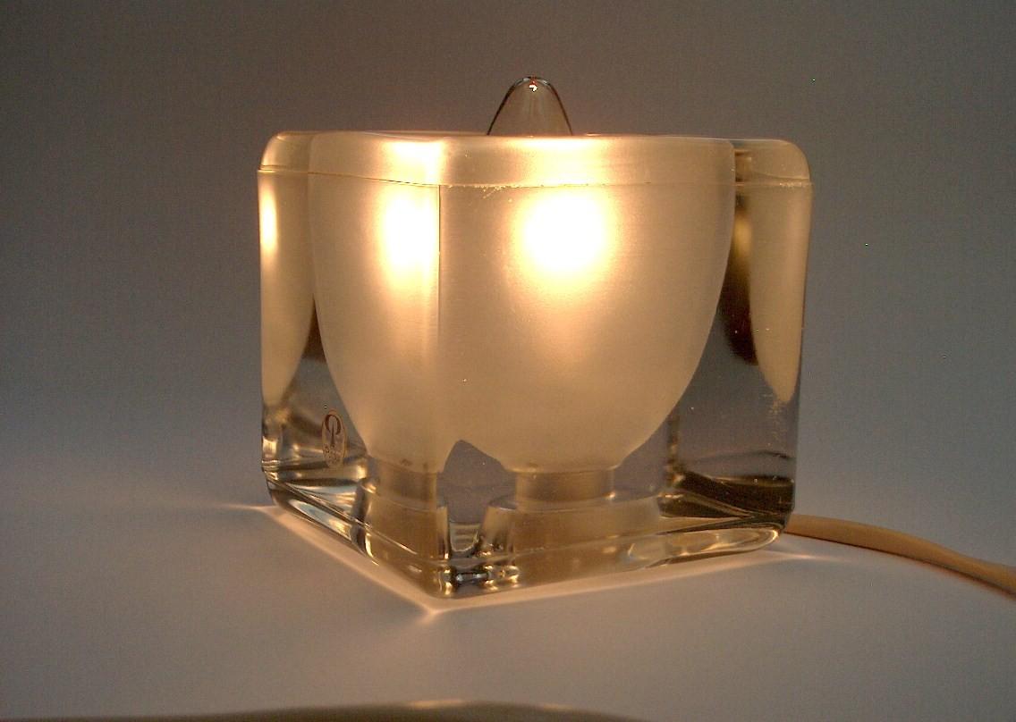 putzler leuchte tisch bodenlampe 70iger jahre sch ne antike m bel und uhren in essen. Black Bedroom Furniture Sets. Home Design Ideas