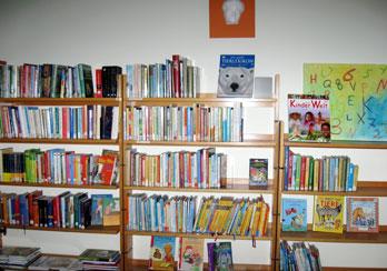Große Auswahl an Kinderbüchern, Fotos: © Sabine Groß