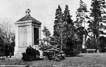 Ehrenmal auf dem alten Friedhof in Heiligenloh für die Opfer des Krieges 1870 / 71