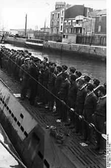 Sous-marin allemand à St Nazaire