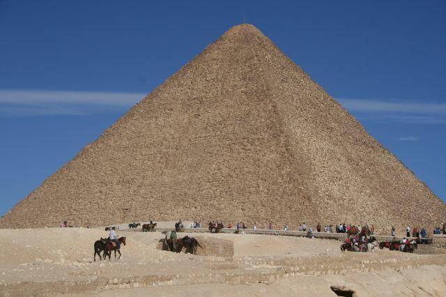 Trubel vor der Cheops Pyramide