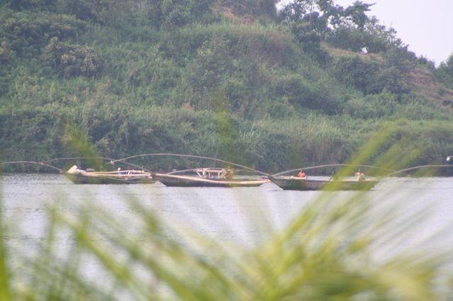 am Lake Kivu