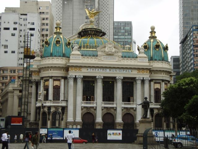 Teatro Municipal in Ri
