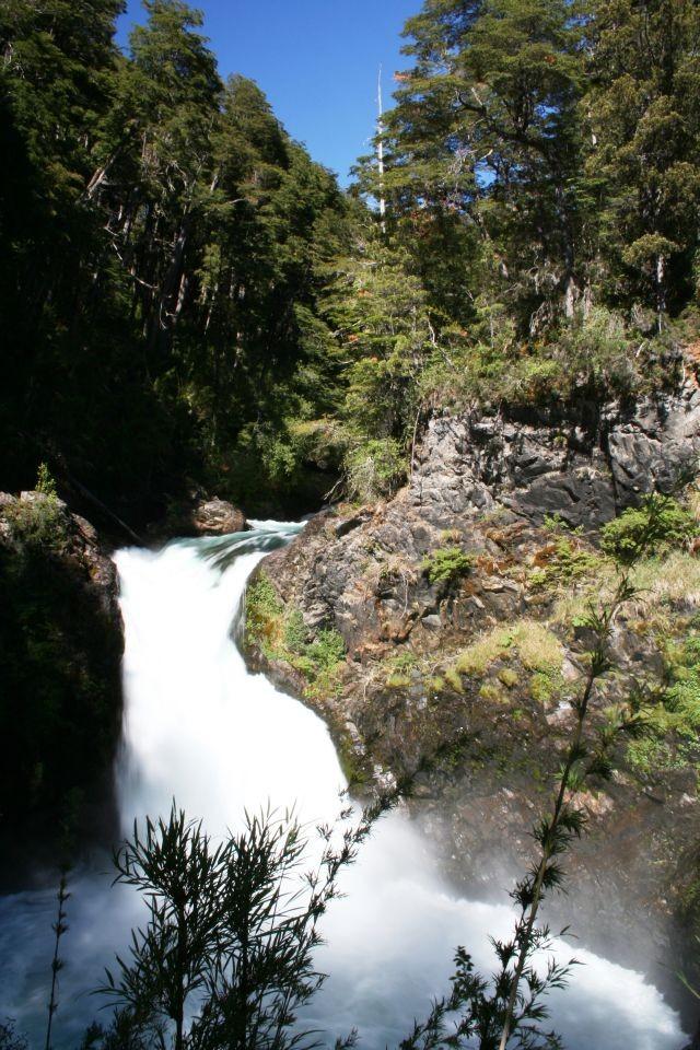 Cascades Los Alerces