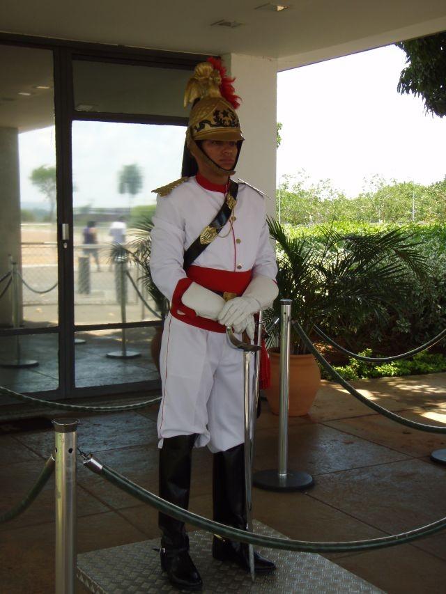 Wachposten vor dem Präsidentenpalast