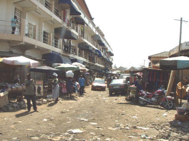Verkehrschaos auf dem Markt