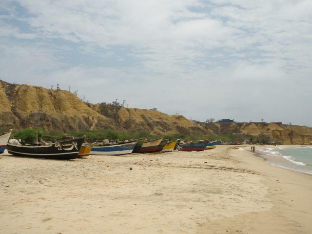 Fischerboote vor Sangano