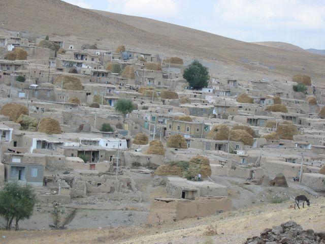 typisch iranisches Dorf