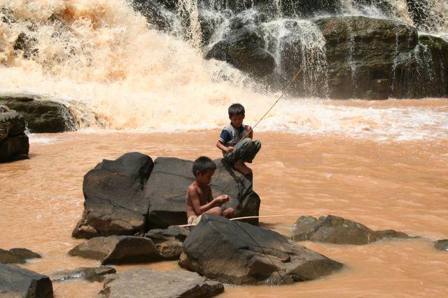angeln am Tadlo Wasserfall