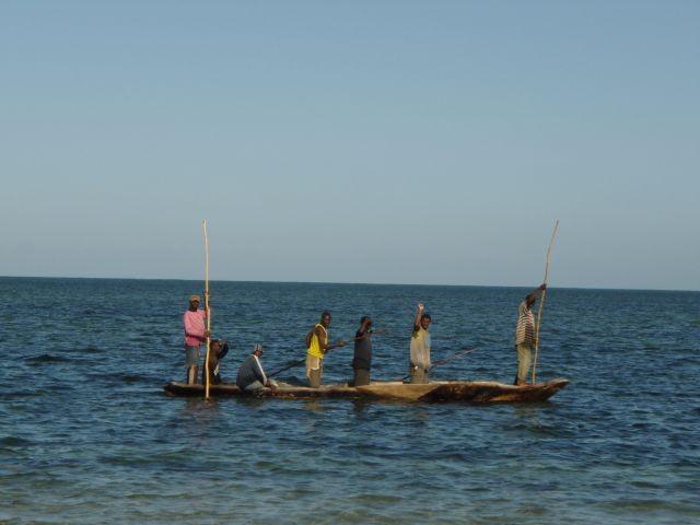 am Strand von Peponi