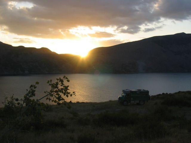 Sonnenuntergang am Kratersee