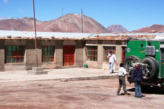 Monster-Einfuhr beim bolivianischen Zoll