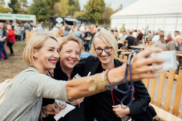 Frauenpower: Christina Dehn, Johanna Bolz (BOLZ Event) und Susanne Boecker (Text & PR)