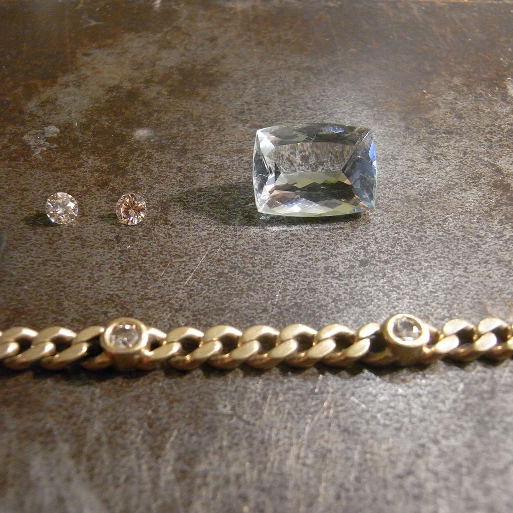 Brillanten aus dem Armband ausfassen für den Ring