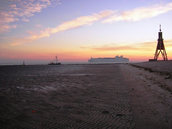 Strand  /Döse - Elbe