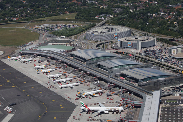 Bild Hamburg Airport - Copyright Michael Penner