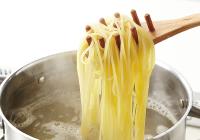 麺ゆでモードは吹きこぼさずタイマー調理が可能