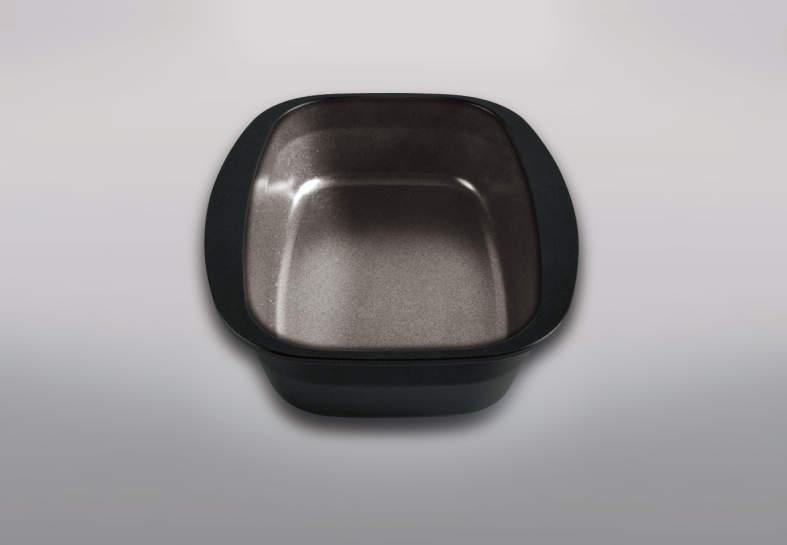 オプションの新ココットダッチオーブンはダブルフッ素コートでお手入れが更に楽に