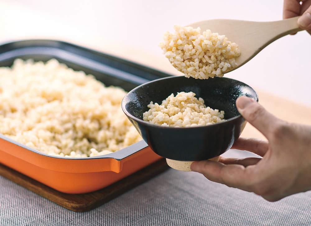 おいしい炊き込みご飯も、もっちり白米も、グリルで自動炊飯できます