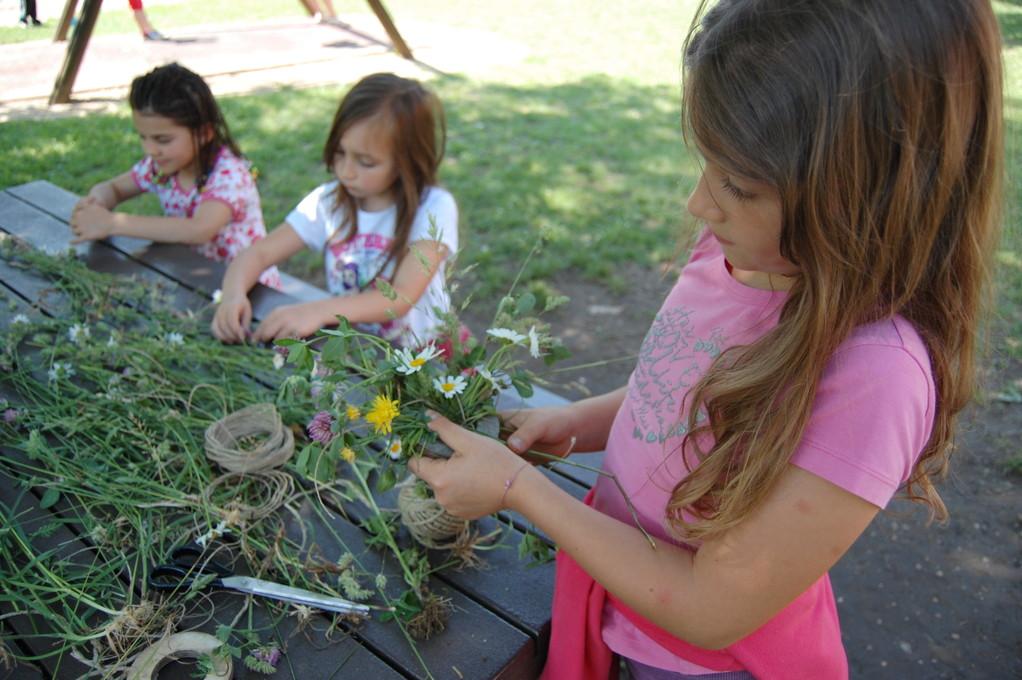 e Gaia mette qualche fiorellino.