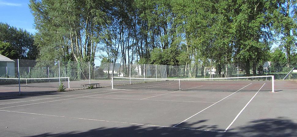 Photo - Courts de tennis rue des Marais - Bréville-sur-Mer