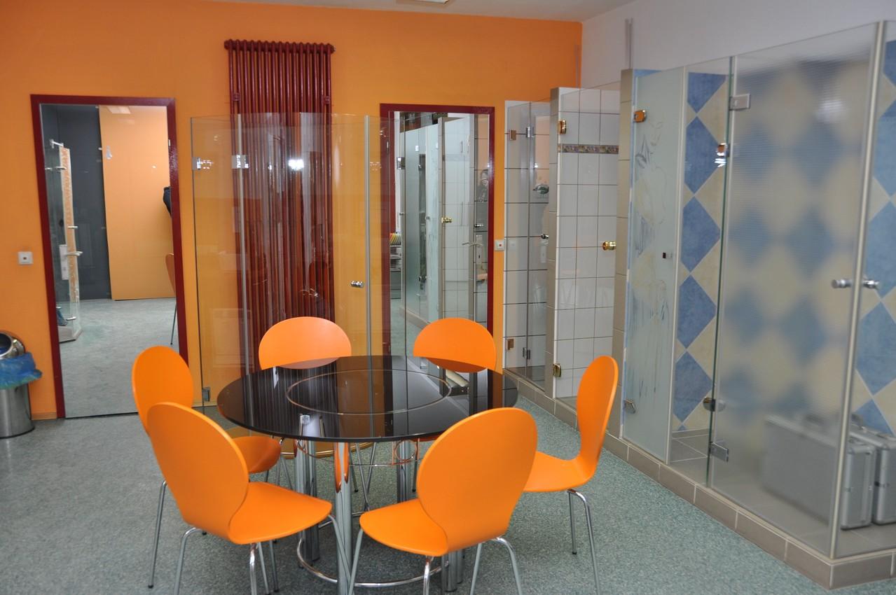 unsere ausstellung delta glas gr nstadt. Black Bedroom Furniture Sets. Home Design Ideas