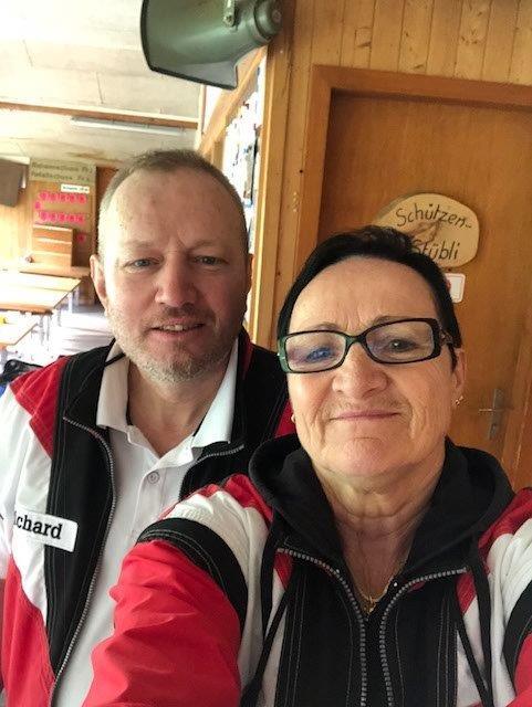 Schiessleiter Richard Kempf und Sonja Kempf