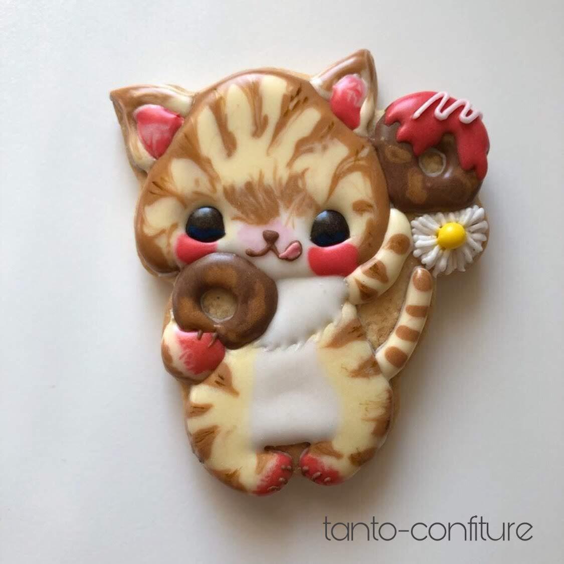 タナベサオリさんデザインのアイシングクッキー