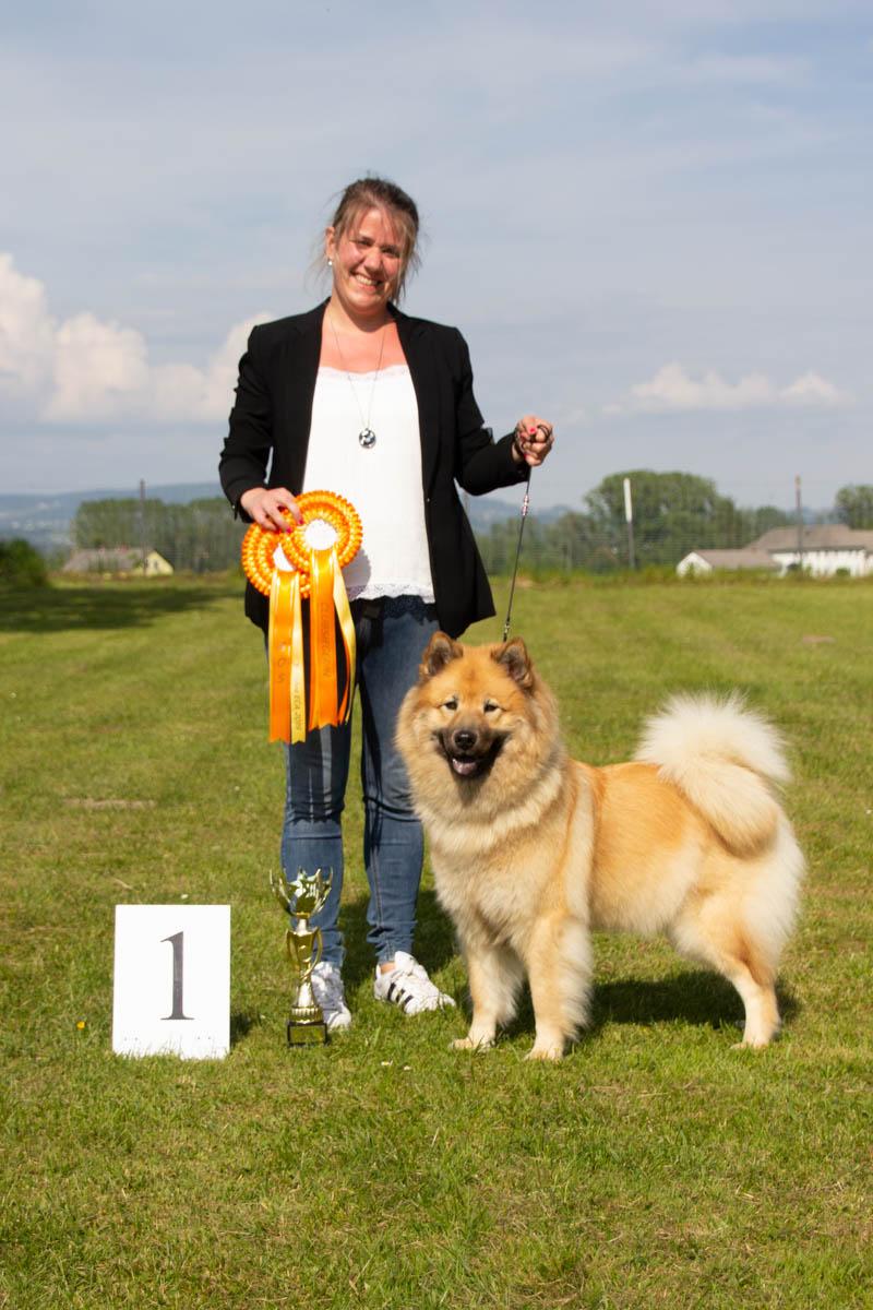 HÜNDIN - Championklasse 1. Platz - Clubsiegerin