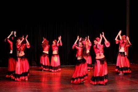spanisch-arabischer Tanz