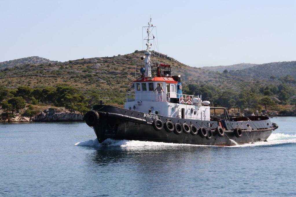 rimorchiatore - Fiume Kerka - Croazia Isole Kornati