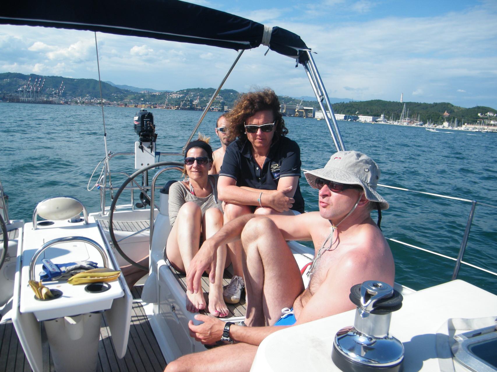 nuovi amici e nuove amiche con la vela