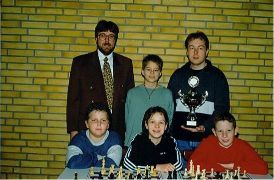 Reihe hinten sind der DSJ - Referent Manfred Schäfer, Florian Pfefferl und der Jugendtrainer Marc Marian - Reihe vorne Franz Guttenthaler, Sabine Schlander und Thomas Pangerl.