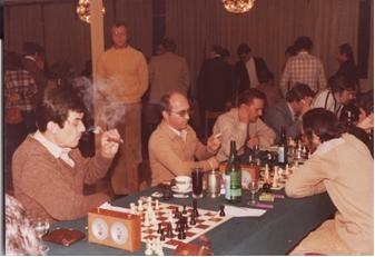 Der Wettkampf war wie man sieht noch ohne Rauchverbot.