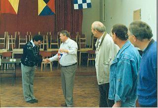 Begrüßung unseres Vorstands Richard Bauer durch den Vorstand der Balatonfüreder Schachfreunde