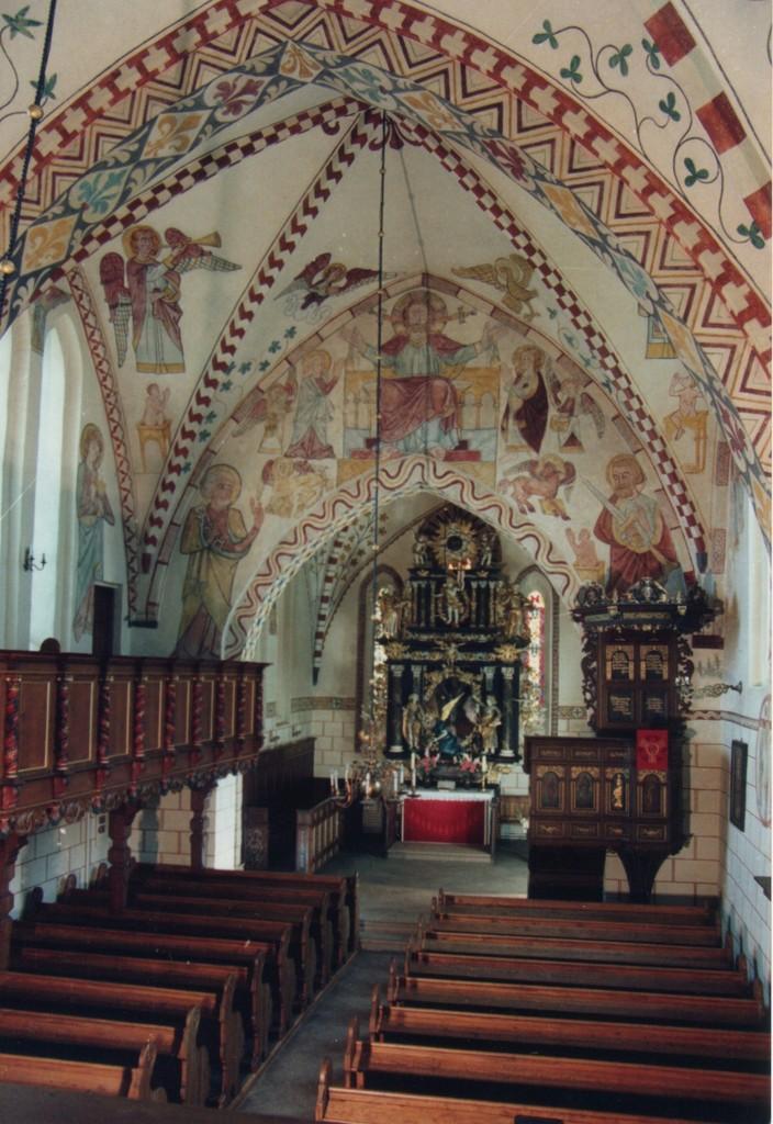 Maria-Magdalenen-Kirche zu Berkenthin - Kirchenschiff         /Foto P.Lüneburg