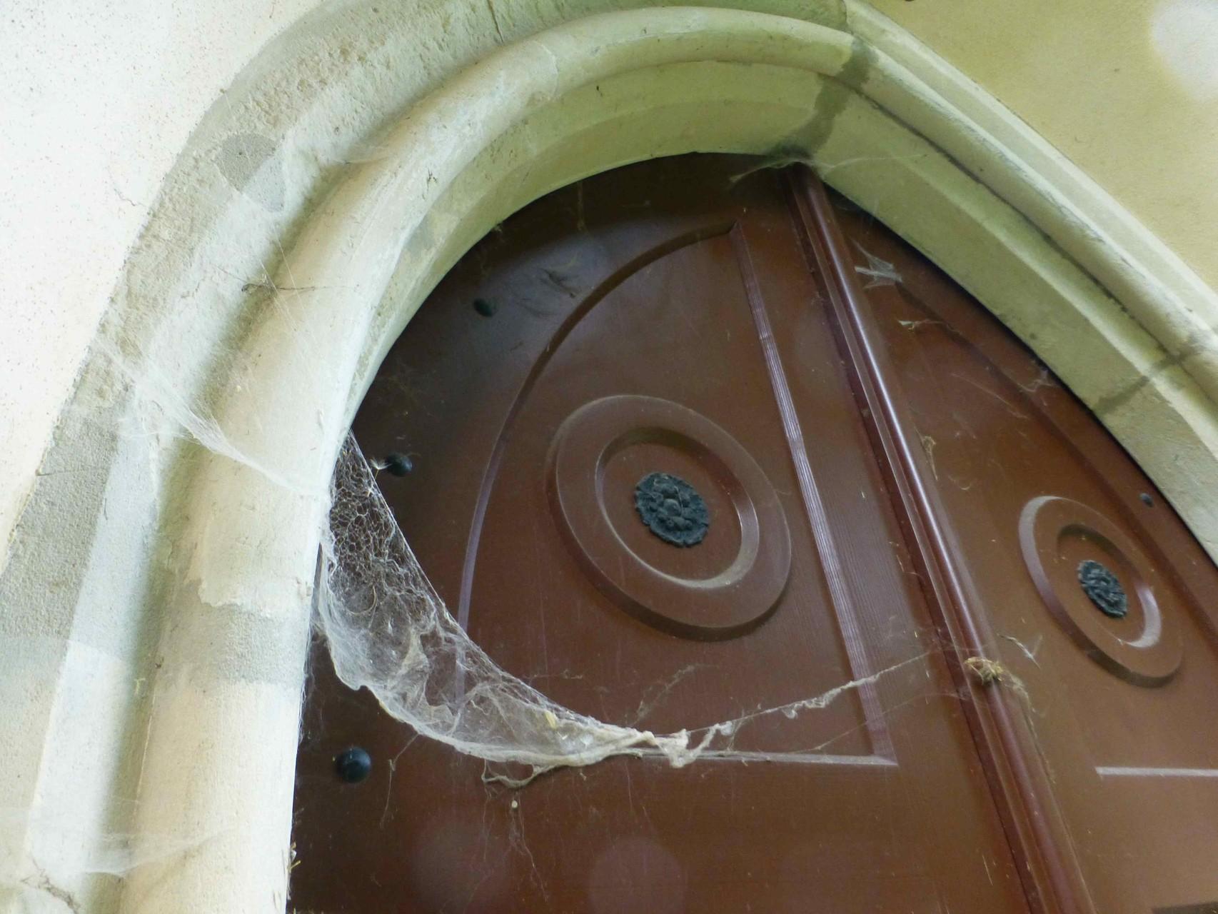 Prößdorf Kirche Vergessene Tür 1