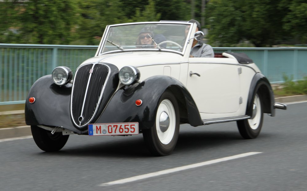 Gläser BMW 327 1937-1941