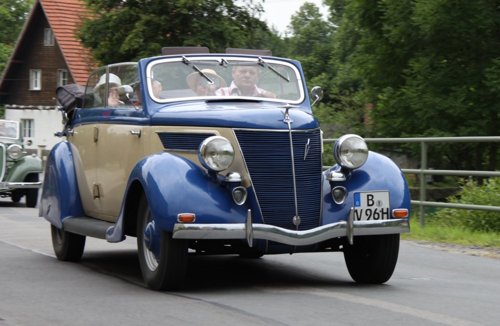 Gläser Ford V8 82A 1932-1940