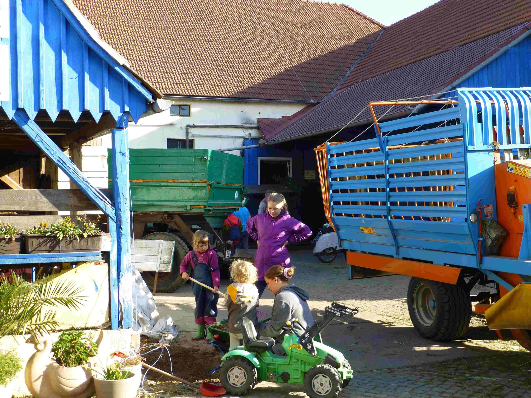 """Mutti gibt Starthilfe bei  """"wir bauen einen Garten"""""""