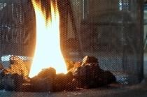 暖炉の炎がからだをあたためてくれます。