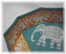 Octagonal box with the elephant: Indian cotton: India