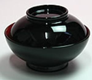 汁椀  すまし汁 実は鯛、鯉または蛤  φ7.9cm×5.5cm(高さ)