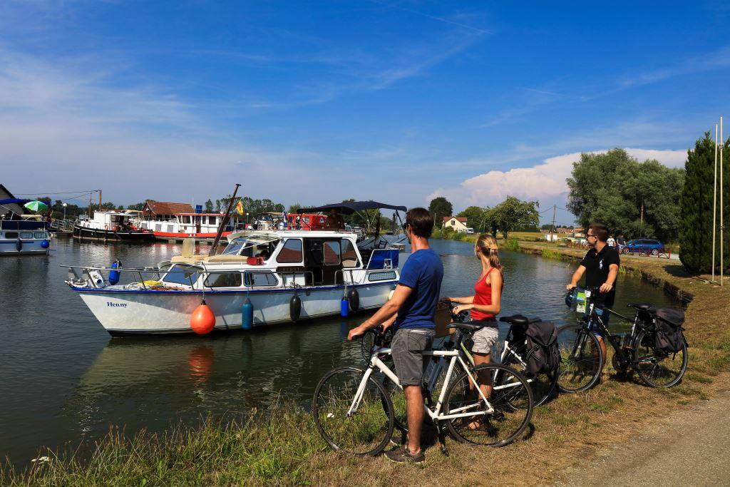 Balade à vélo le long du Canal, Port de plaisance de Wolfersdorf