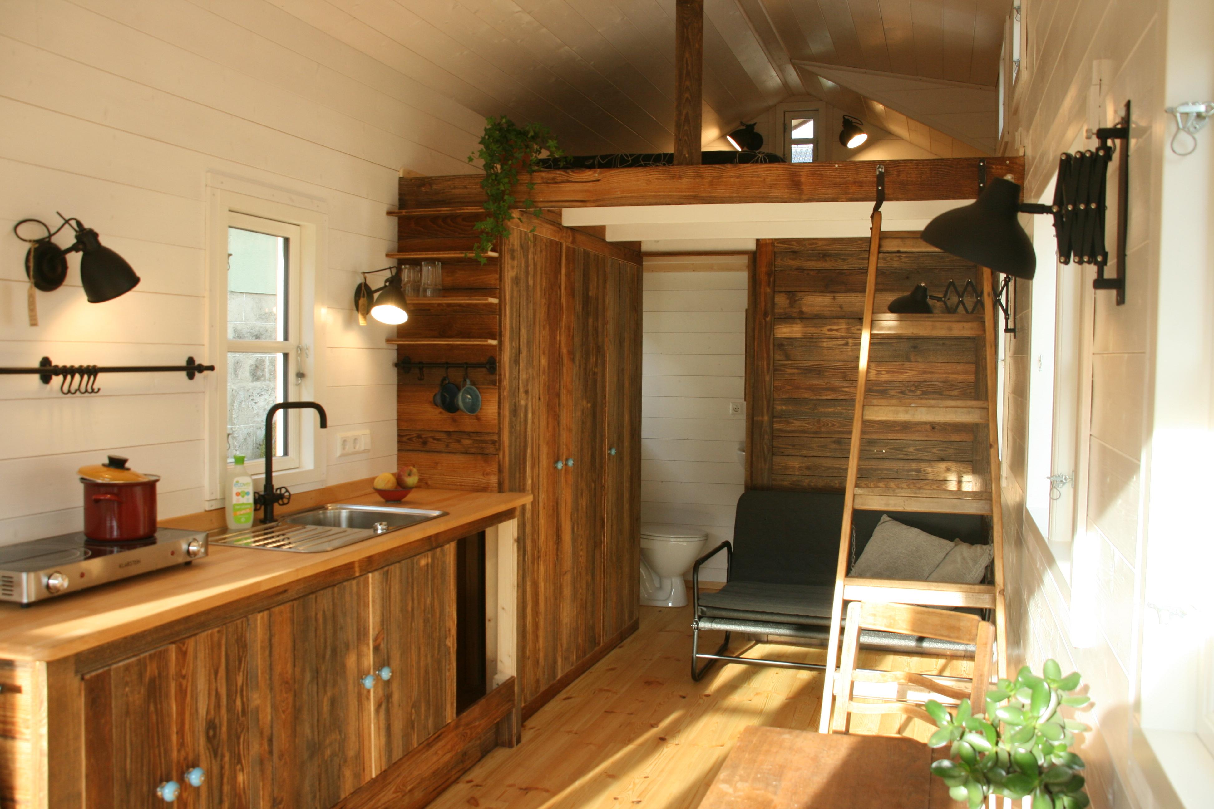 deutscher hersteller von kologischen tiny houses kleinernomades webseite. Black Bedroom Furniture Sets. Home Design Ideas