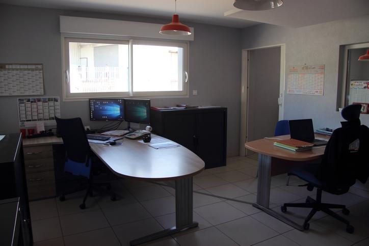 Bureau des administratifs