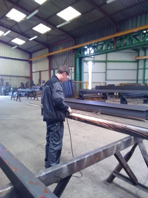 Scie de coupe métallique