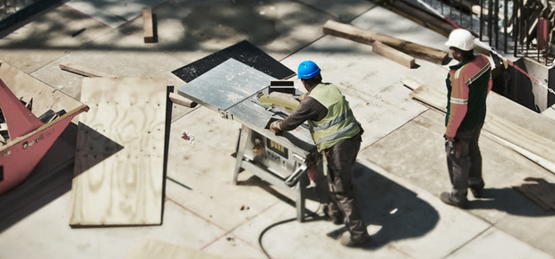 Vor, auf und nach dem Bau: Ihre Baubegleiterin Christin Goldbeck (nicht im Bild) unterstützt Sie bei Ihrem Bauvorhaben auf dem Weg zum energieeffizienten Haus.